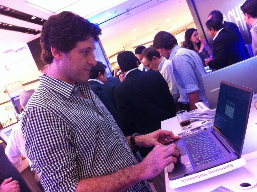 O diretor de criação da Cheil Brasil, Augusto Moya,  garante que vai usar  a série 7 Chromos como ferramenta de trabalho