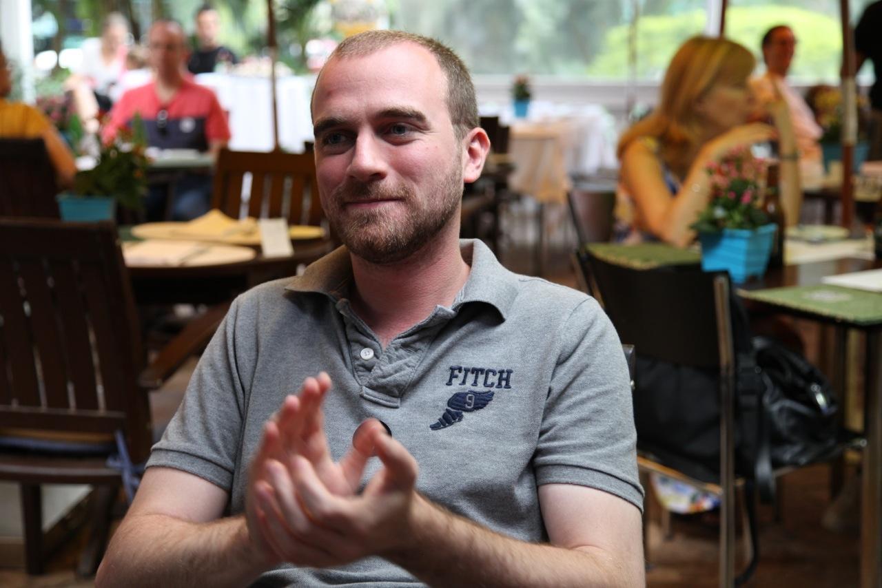 O francês Nicolas Ballian aplaude o projeto Musica no Museu