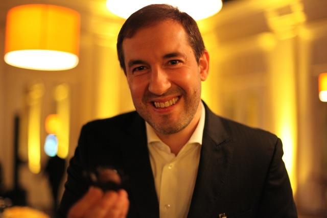 Presidente da Cacau Show, Alexandre Costa, transformou uma trufa em Mil lojas