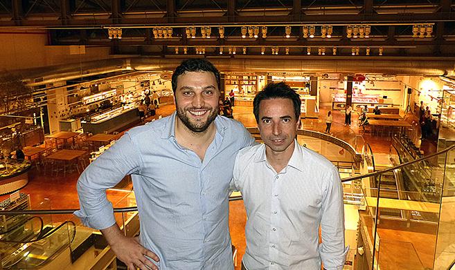 Nicola Farinetti e Bernardo Ouro Preto, com parte da loja ao fundo (Foto: Divulgação)