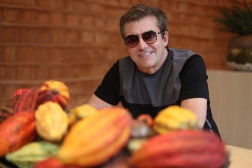 Roberto Migotto aposta no Pau a Pique