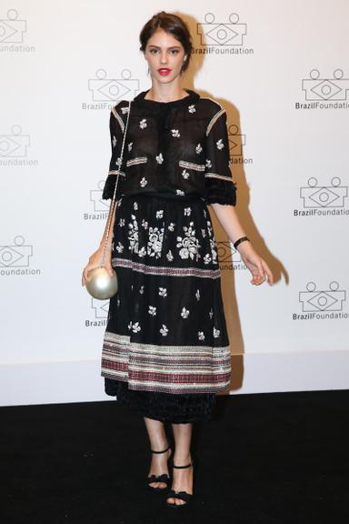 A atriz e modelo Laura Neiva