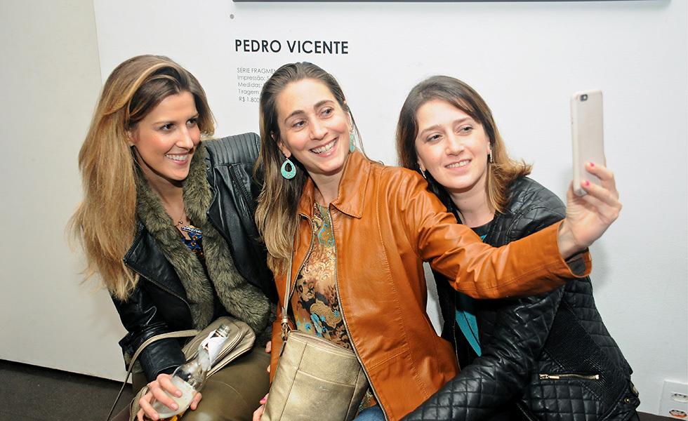 Ana Beatriz Kazniakowski, Flavia Bergamini e Mariana Spedo Foto: Reprodução