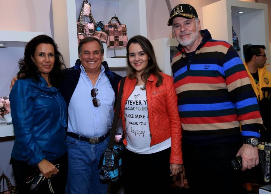 Jô Cabral, Ronnie Von, Giuliana e Edson Cabral (Foto: Divulgação)