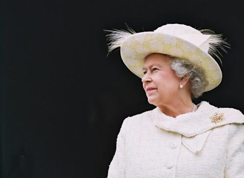 Rainha Elizabeth agradece o convite de aluna do Rio Grande do Norte | Reproução