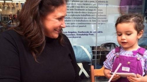 Fafá de Belém é avó de Laura nascida em 2011 (Foto: Reprodução)