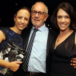 Paulo José e filhas. FOTO: Divulgação