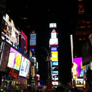 os-gemeos-times-square-midnight-moment-2