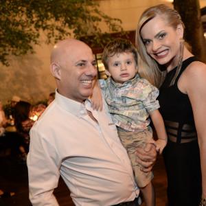 Roberto Tchirichian, Ryan e Fernanda Abreu - Foto divulgação