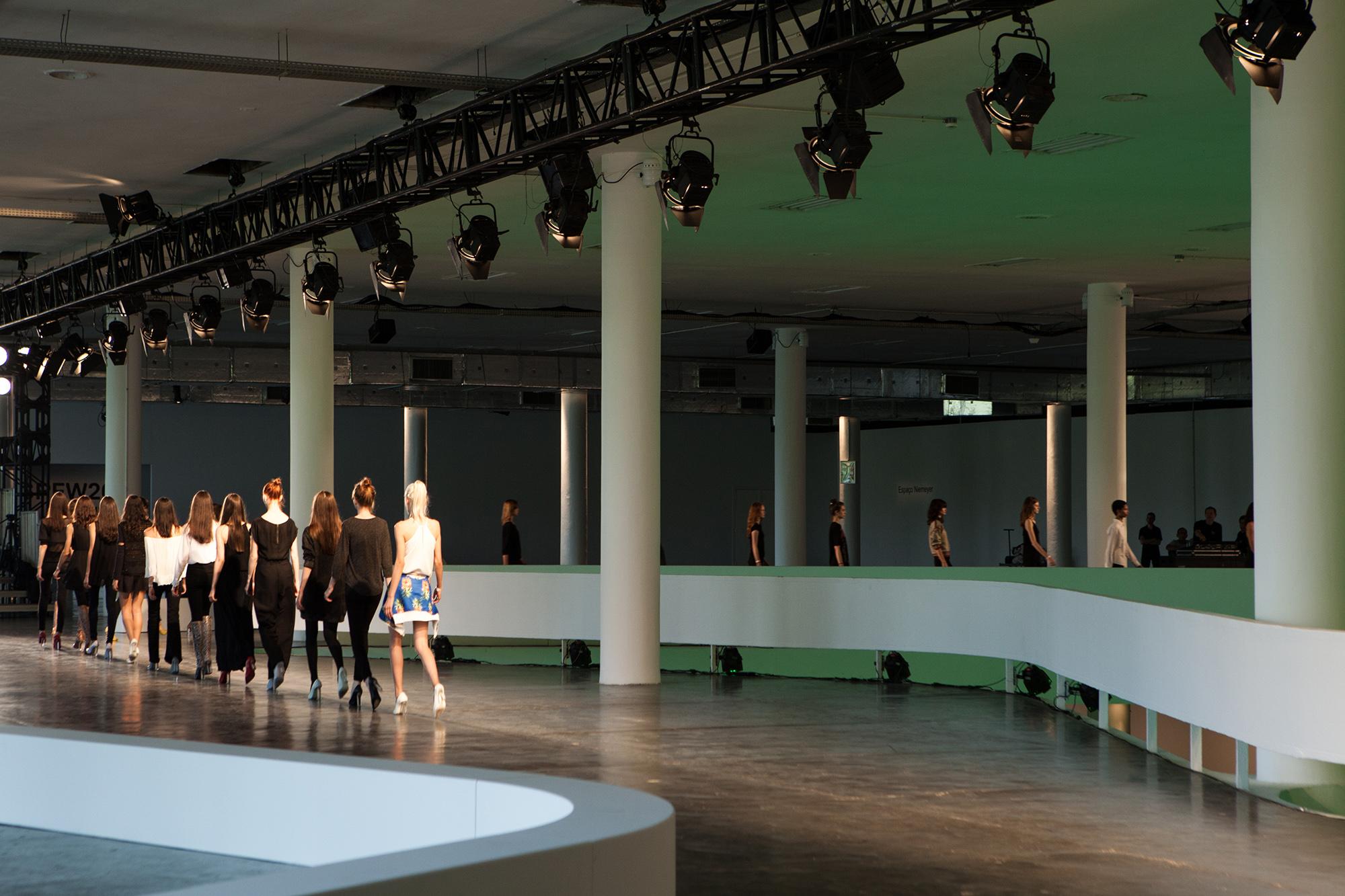 Animale tem cenário inspirado em Niemeyer (Foto: Divulgação)