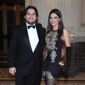 Fabio Tutundjian da We Clap e Carolina Raucci na The Godfather Party (Foto: Divulgação)