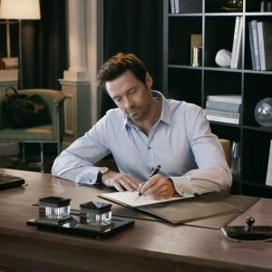 Hugh Jackman para Montblanc (Foto: Divulgação)