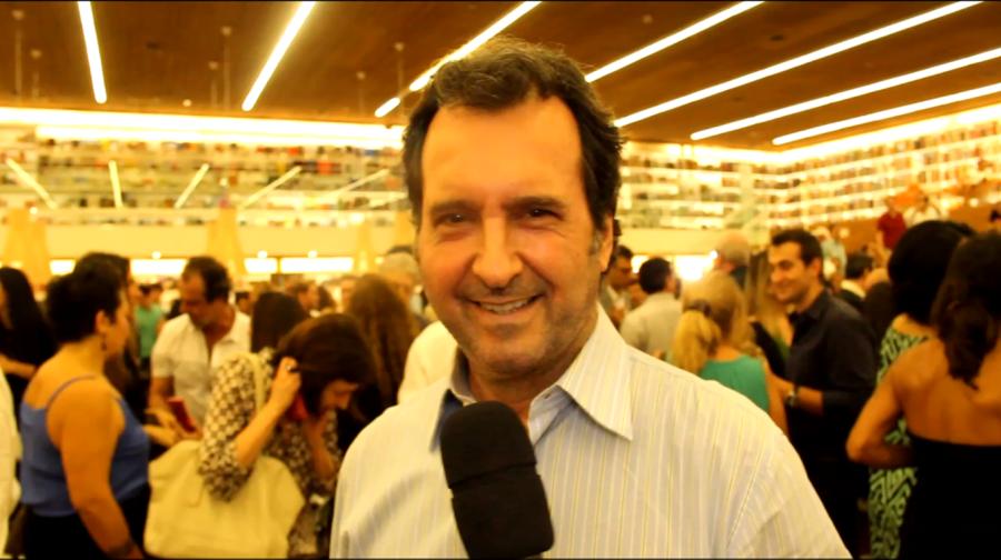 Tonzinho conta as novidades da ONG (Foto: Nair Barros)