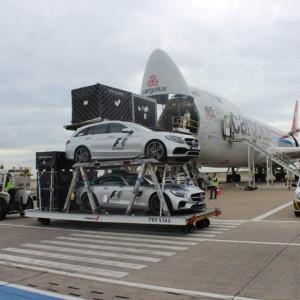 Carros de segurança chegam ao Brasil (Foto: Reprodução)