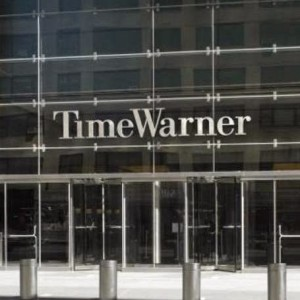 O canal de TV a cabo, Time Warner foi comprado por US$106 bi em 2000 (Foto: Reprodução)