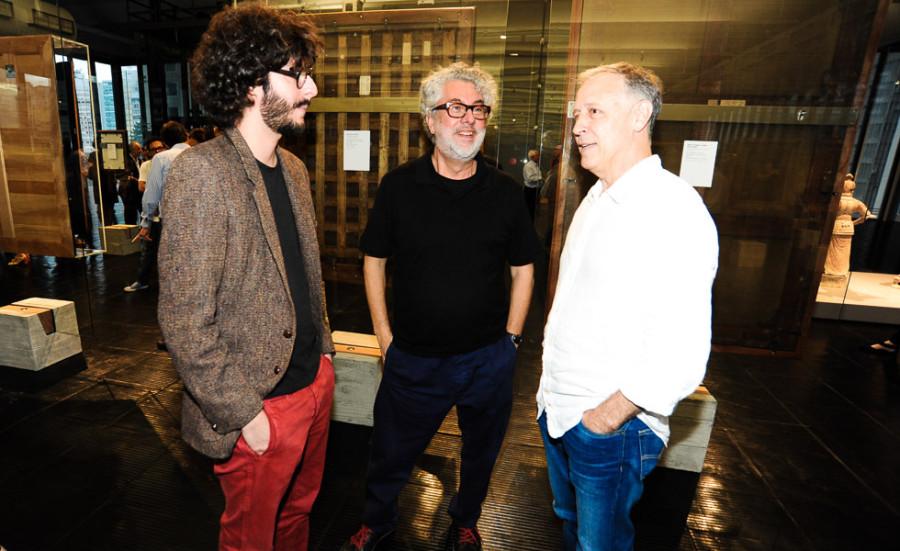 Gabriel e Marcio Kogan com Marcelo Ferraz (foto: divulgação)