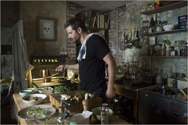 Bradley Cooper é cozinheiro em Pegando Fogo (Foto: Divulgação)