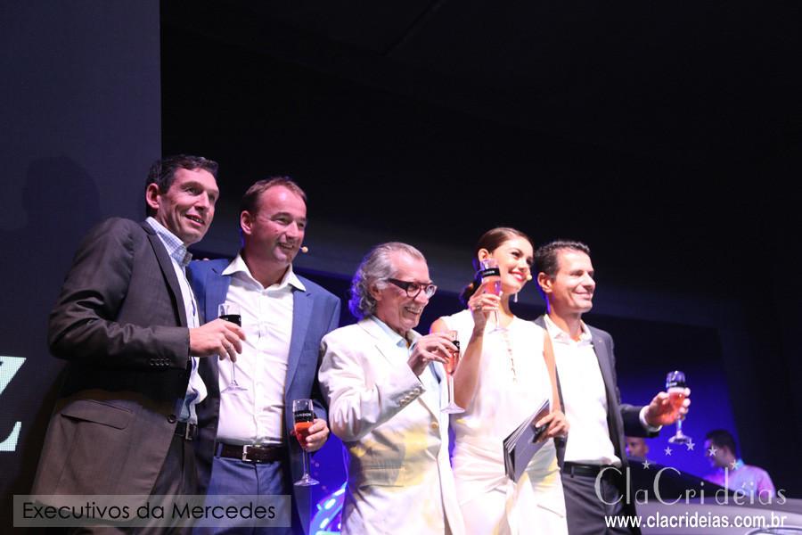 O fotógrafo, Luiz Tripolli recebeu muitos amigos para a Mercedes-Benz Top Night, na Casa Fasano, em São Paulo.