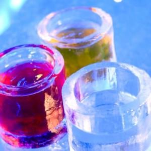 Bebidas em copo de gelo (Foto: Divulgação)