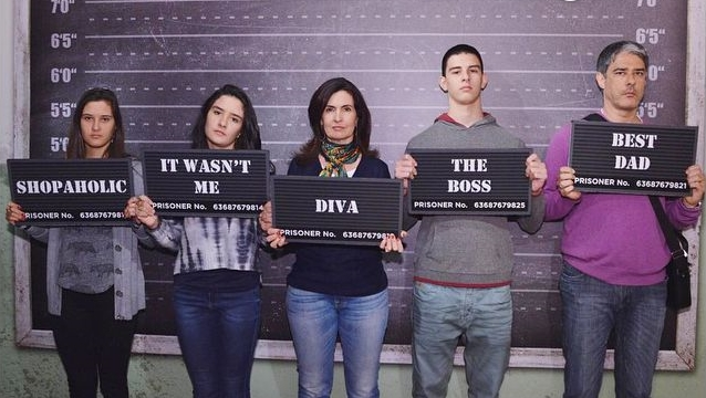 Fátima Bernardes, Bonner e família no museu de cera (Foto: Reprodução/ Instagram)
