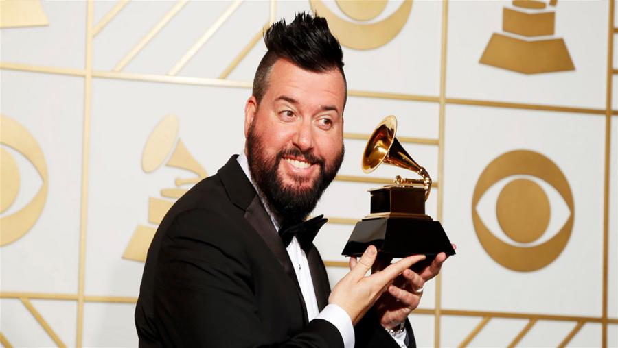 Dave Aude comemora prêmio de melhor remix do ano (Foto: Divulgação)