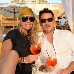 Adriane Galisteu e o marido Alexandre Iódice (foto: divulgação)
