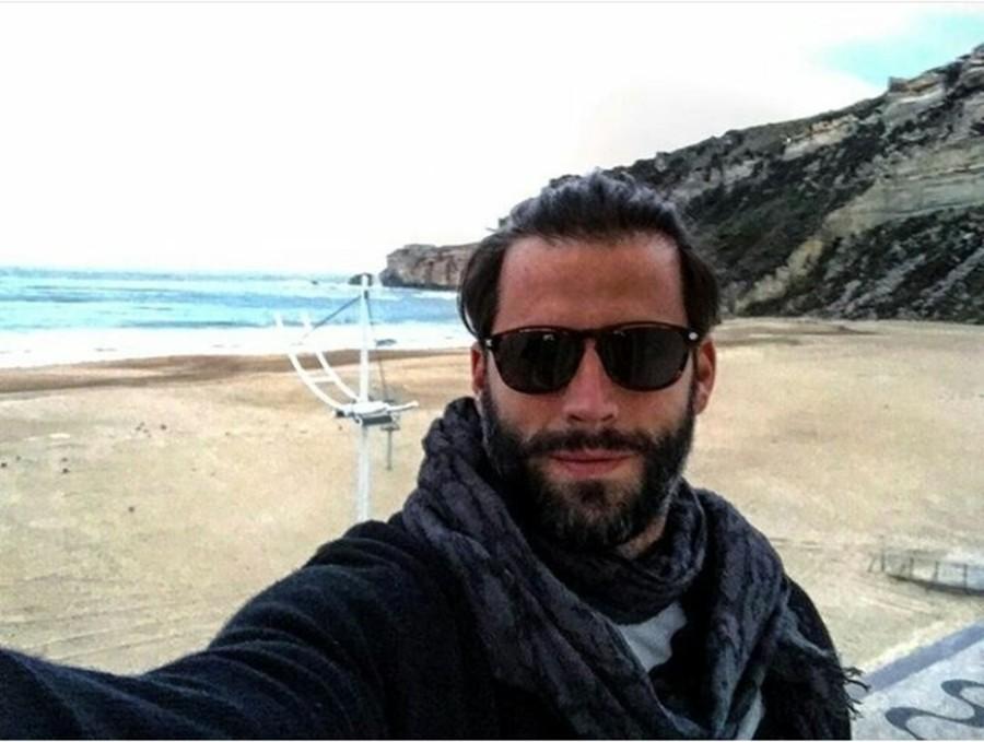 Na manhã desta quarta-feira o ator Henri Castelli visitou Nazaré (Foto: reprodução/instagram)