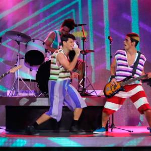 Cena o musical Mamonas (Crédito: Francisco Soares/Clacrideias)