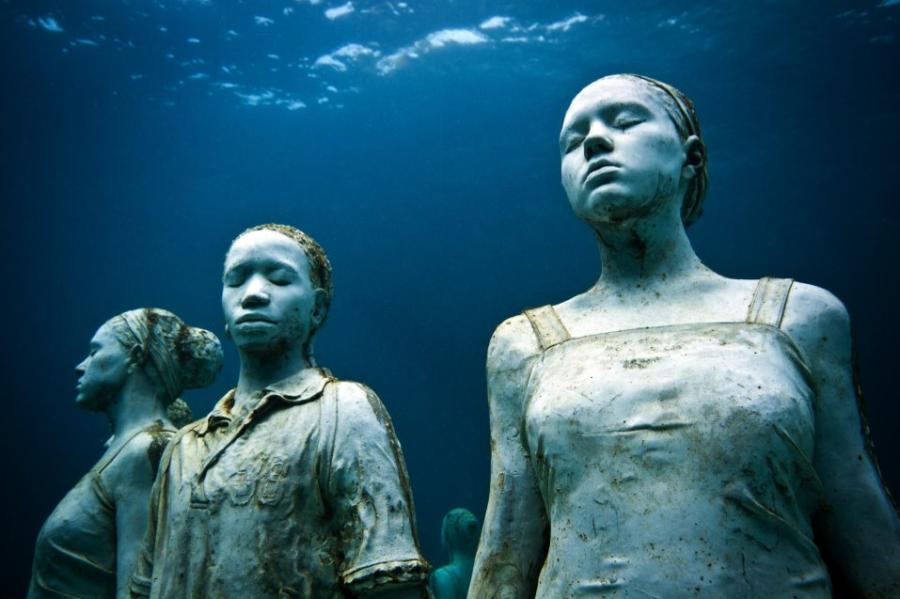 Estátuas embaixo d'água de (Foto: Divulgação)