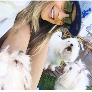 Claudia leitte e seus pets (Foto: Divulgação)