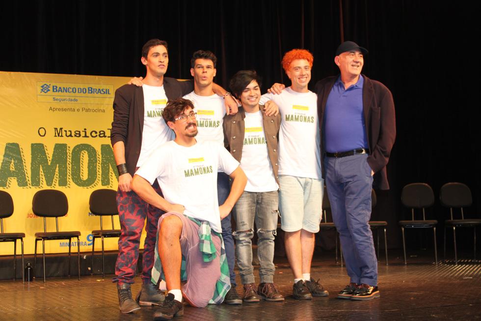 Da esquerda para direita Elcio Bonazzi, Ruy Brissac, Yudi Tamashiro, Adriano Tunes, José Possi Neto e Arthur Ienzura (Crédito: Francisco Soares/Clacrideias)