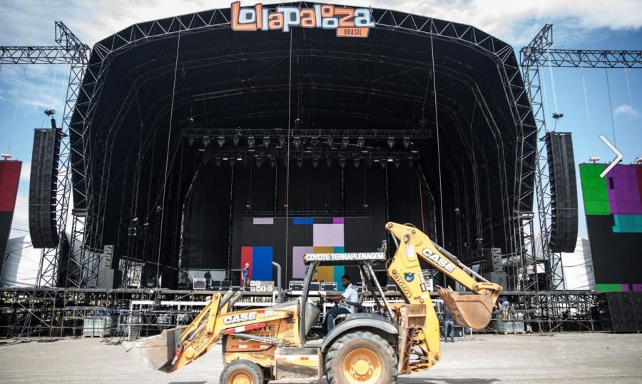 Trator é visto durante últimos preparativos do palco AXE (foto: divulgação)