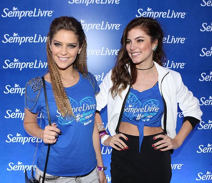 Isabella e Bruna usam tranças mais despojadas para o Lolla (foto: divulgação)