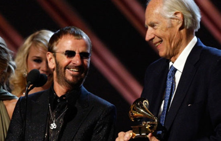 Ringo Star e George Martin (foto: divulgação)