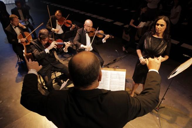 Amabilis leva música para passarela (Foto: Divulgação)
