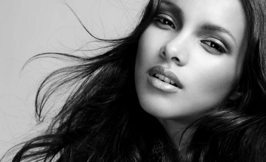 Laís já fotografou para as mais renomadas revistas de moda, incluindo Vogue, Haper's Bazar e L'Officiel (Foto: Divulgação)