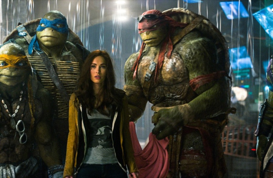 Megan Fox é a destemida repórter April O'Neil (Foto: Divulgação)