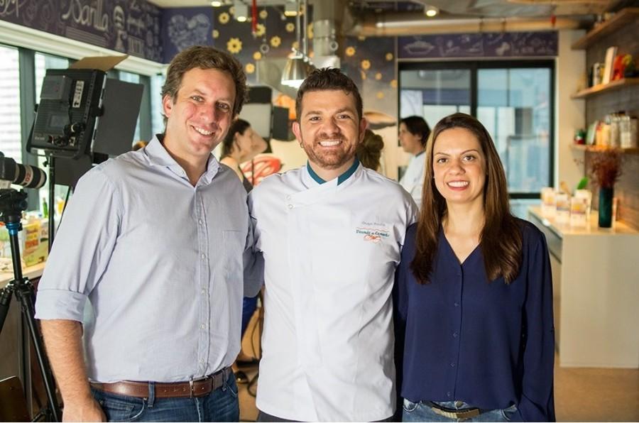 Rodrigo Perri sócio-diretor, Guga Rocha - chef e Vivian Donatelli, gerente de marketing (Foto: Divulgação)