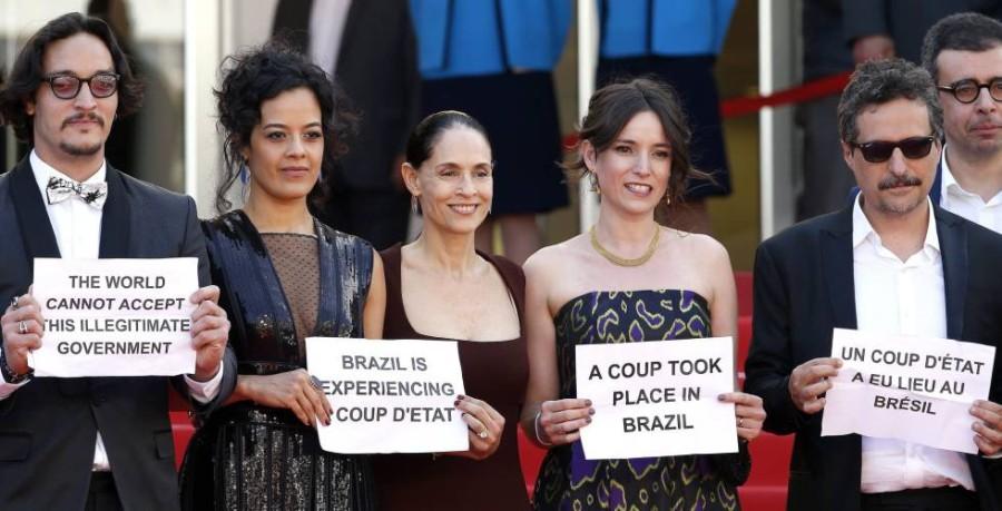 """Elenco de """"Aquarius"""" em Cannes (Foto: Reprodução)"""