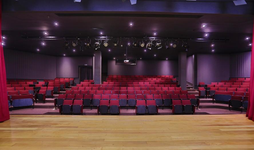 O teatro fica no estacionamento do Morumbi Shopping (Foto: Divulgação)