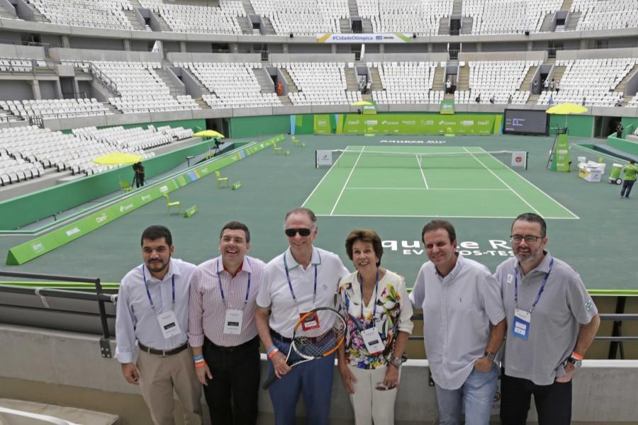 Maria Esther Bueno na inauguração do Centro Olímpico de Tênis . (Foto: Divulgação)