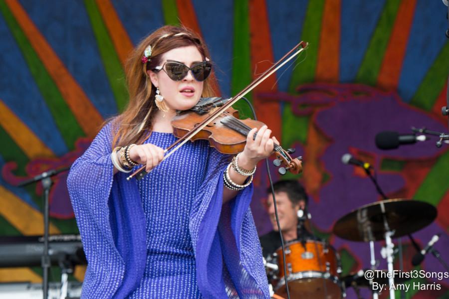 Amanda Shaw, representante da nova geração do folk-blues-rock do estado americano de Louisiana (Foto: Divulgação)