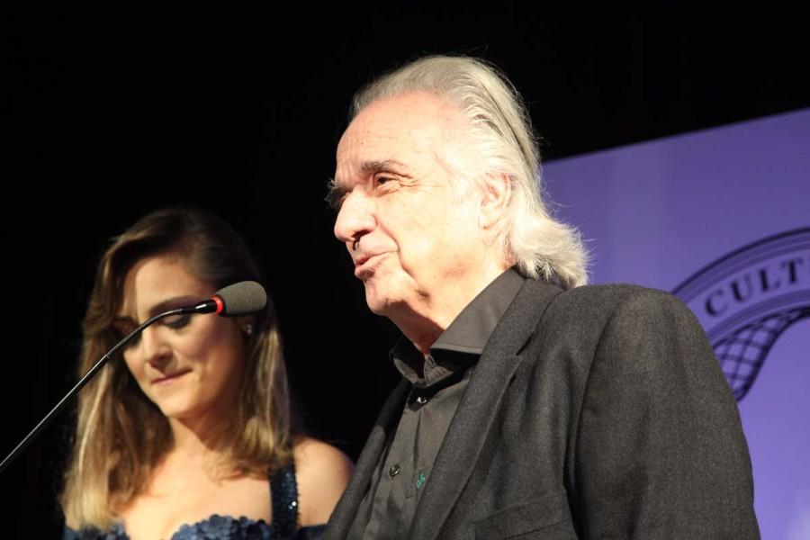 """""""Ninguém melhor do que a Laís para receber o prêmio. Me sinto feliz de ser um dos finalistas, mas sou um admirador da Laís"""", João Carlos Martins, pianista e maestro"""
