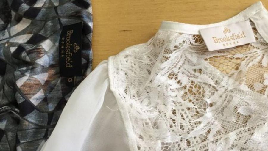 Marca nega relação com oficina, apesar da etiqueta nas roupas (Foto: Divulgação)