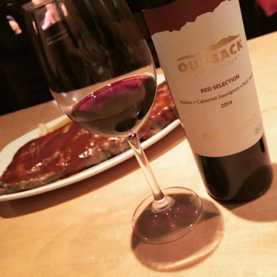 Outback ofrece desconto em vinhos argentinos até o final de julho (Foto: Divulgação)