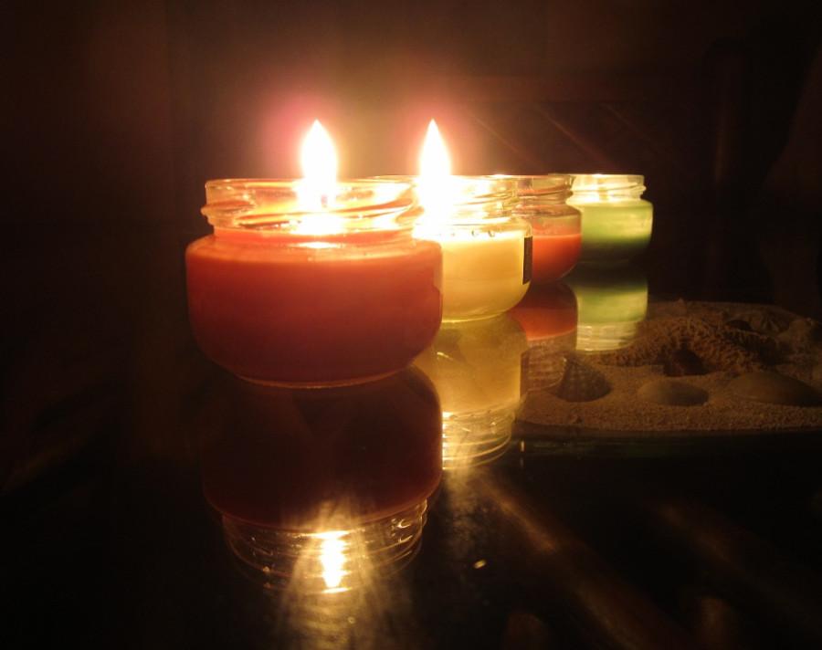 Velas aromáticas ajudam a aquecer o ambiente e dão um toque romântico (Foto: Divulgação)
