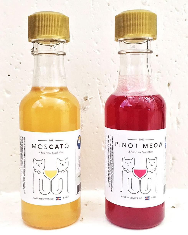 """vinho para gatos nos sabores """"Pinot Meow"""" e """"Moscato"""" (Foto: Divulgação)"""