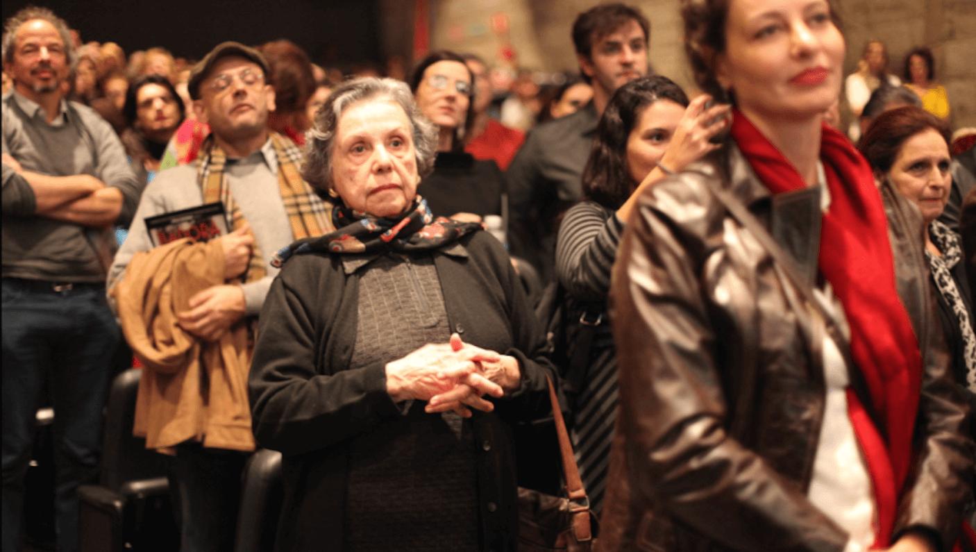 Na estreia, Márcia prestigia a filha Patricia Gaspar (Foto: Nair Barros)