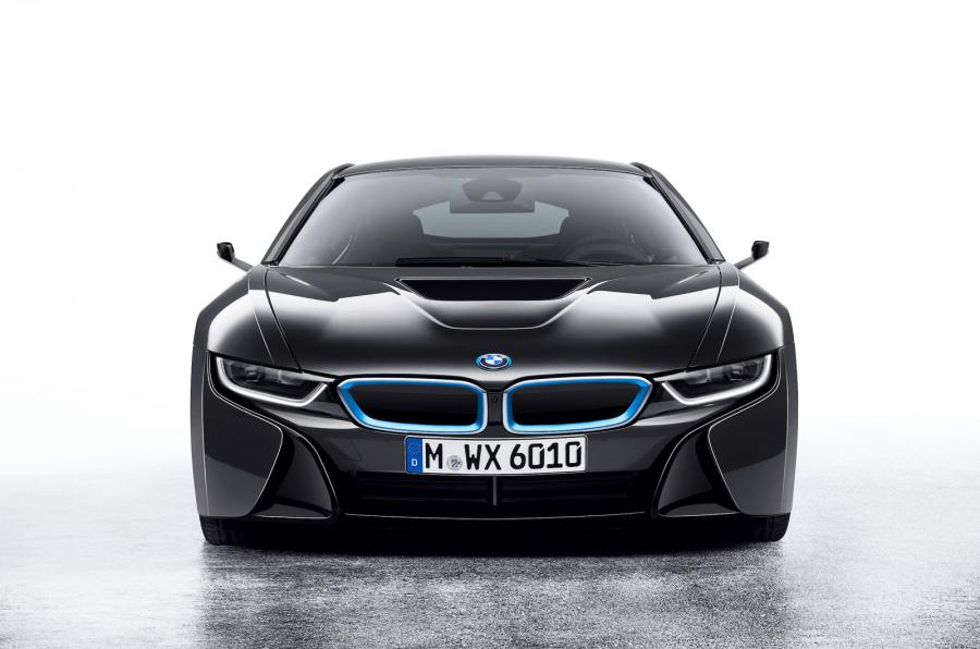 Posante i8 Mirrorless da BMW, com retrovisores digitais (Foto: Divulgação)