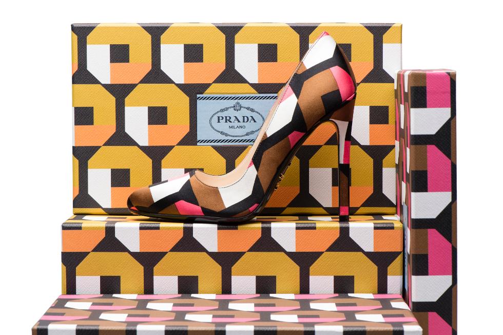 Customização de sapatos da Prada acontece até 14 de agosto (Foto: Divulgação)